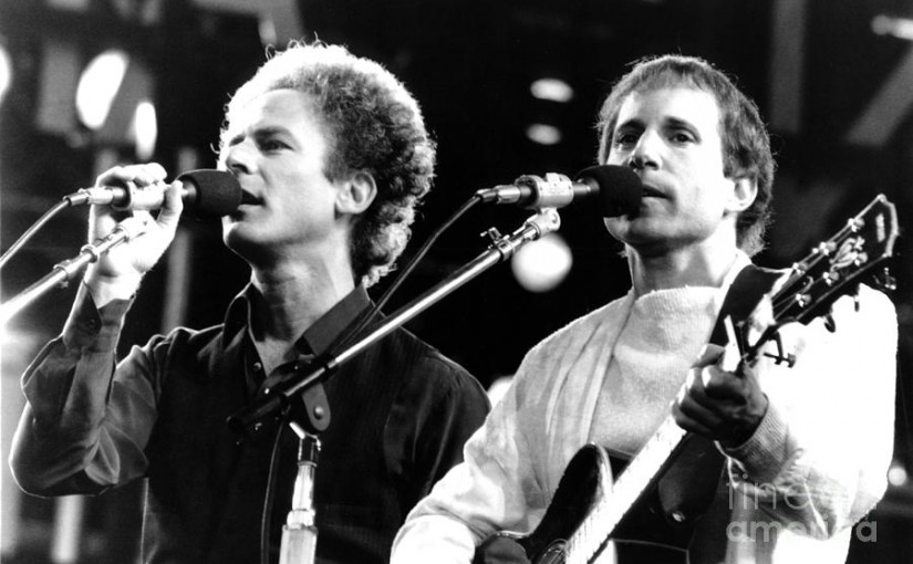 Simon And Garfunkel: Bridge Over Troubled Water (testo Canzone)