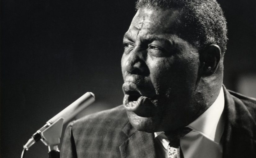 Howlin' Wolf: Back Door Man Lyrics